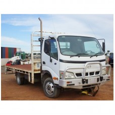 2006 Hino 6 Speed Turbocharged Air Condition